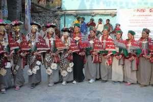 Традиционный праздник в Гималаях