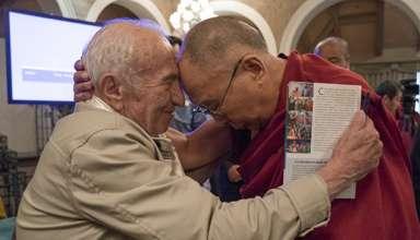 Встреча российских ученых и Далай Ламы